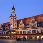 Altes Rathaus am Abend